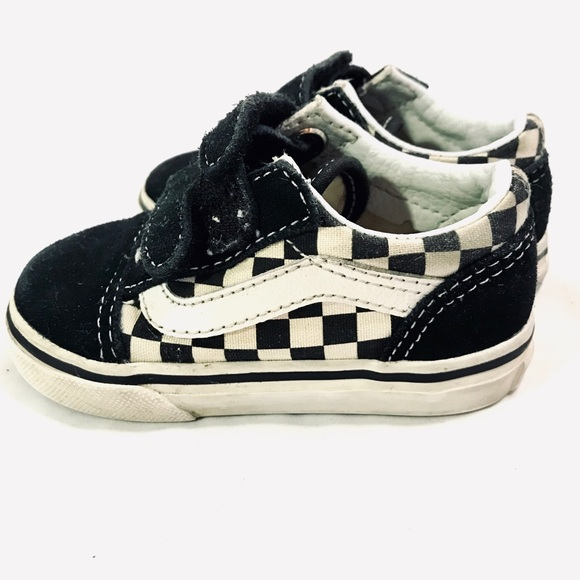 vans old skool checkerboard velcro